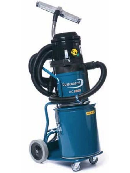 Aspirazioni polveri con aspiratore DC 2800