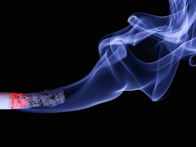 Soluzione indoor e outdoor per fumatori