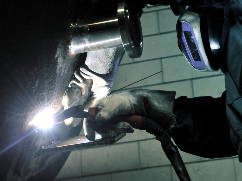 Soluzioni aspiranti per fumi da saldatura su alluminio