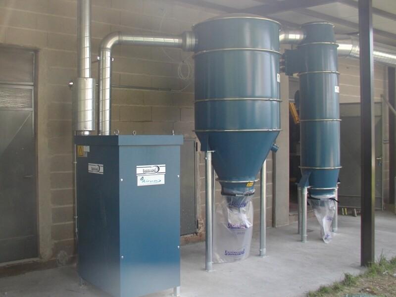 Impianti di aspirazione ad alta pressione per fumi di saldatura