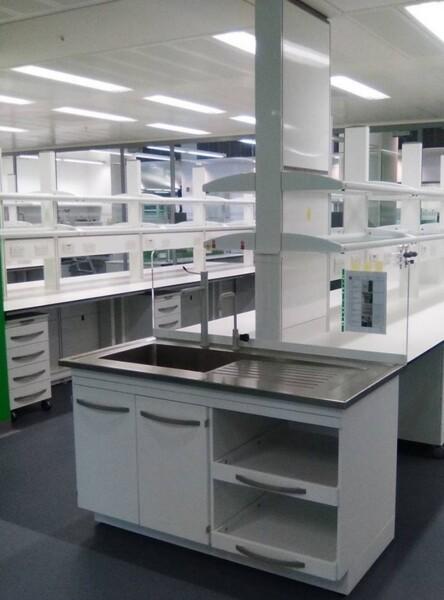 Arredi tecnici da laboratorio