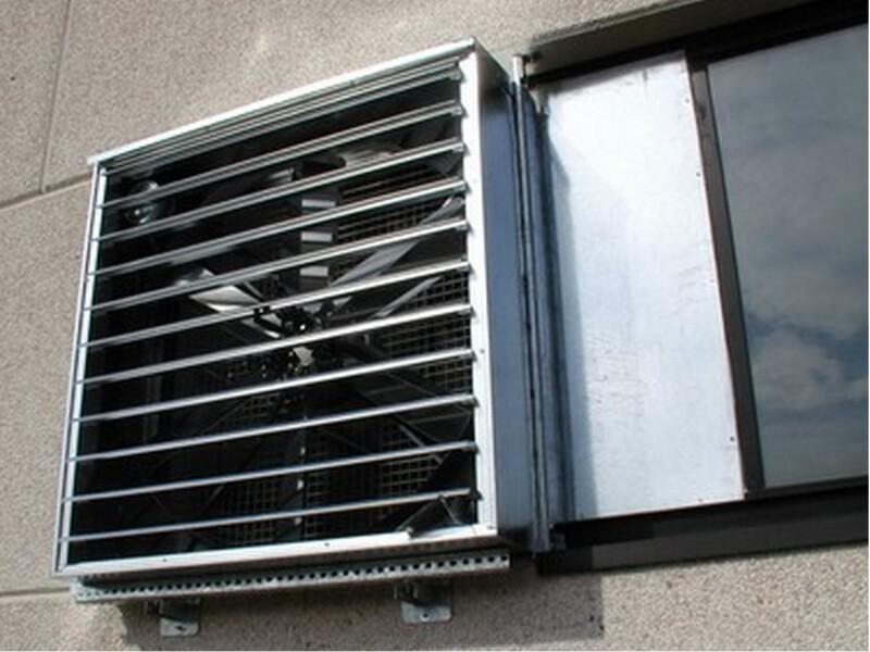 Sistema di ventilazione forzata per gas stagnanti nell'autorimessa